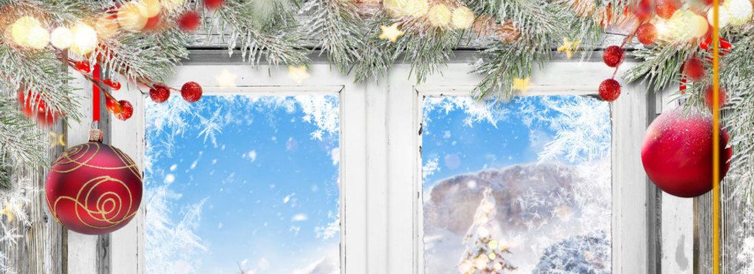 Dekoracje okien na Święta